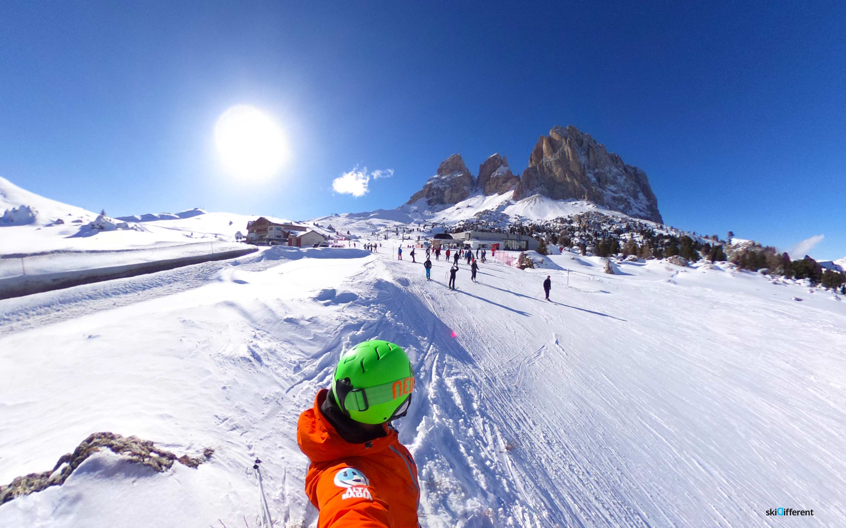 Passo Sella Skidifferent Sassolungo